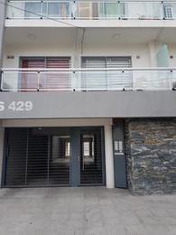 Foto Departamento en Venta en  Lomas De Zamora,  Lomas De Zamora  CORNELIO SAAVEDRA 429