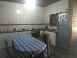 Foto Casa en Venta en  Plazoleta Mitre,  San Miguel De Tucumán  Alberti al 900