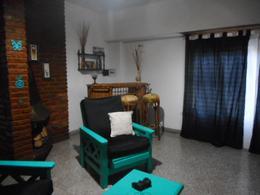 Foto PH en Venta en  Remedios De Escalada,  Lanus  ROMA 2762