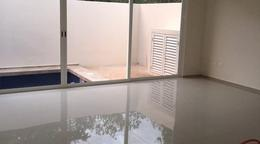 Foto Casa en condominio en Venta en  Cancún Centro,  Cancún  Casa en Venta con Alberca en Residencial Aqua
