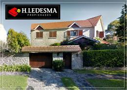 Foto Casa en Venta en  Los Troncos,  Mar Del Plata  MATHEU 1000