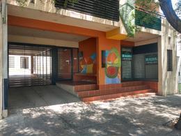 Foto Local en Alquiler en  Observatorio,  Cordoba  Laprida al 1000