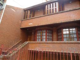 Foto Casa en Venta en  Caballito Sur,  Caballito  Venta - Dúplex en Capital Federal - Actualmente con renta