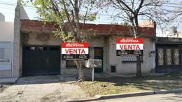 Foto Casa en Venta en  Moron,  Moron  Peguy 1066. Moron
