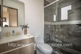 Foto Departamento en Venta en  Villa Florence,  Huixquilucan  Moderno departamento con balcón