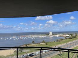 Foto Departamento en Alquiler   Venta en  Puerto Buceo ,  Montevideo  Puerto Buceo