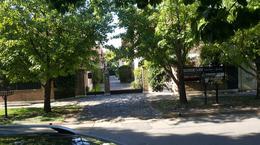 Foto PH en Venta en  Adrogue,  Almirante Brown  DIAGONAL BROWN 1647, casa 1, entre Plaza Brown y Plaza Azopardo