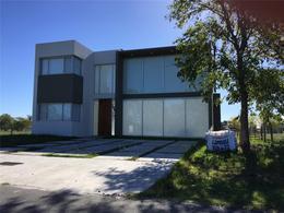 Foto Casa en Venta en  Greenville Polo & Resort,  Guillermo E Hudson  Greenville  Polo & Resort  Ville 1 nro  89