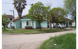 Foto Casa en Alquiler en  San Clemente Del Tuyu,  De La Costa  7 esquina 71