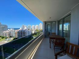 Foto Departamento en Venta en  Aidy Grill,  Punta del Este  Apartamento 2 dormitorios 2 baños Playa Brava Punta del Este
