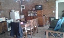 Foto Casa en Venta en  Funes ,  Santa Fe  Necochea 2300