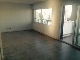 Foto Departamento en Venta | Alquiler en  Lomas De Zamora ,  G.B.A. Zona Sur  Sarmiento 141 Piso 13