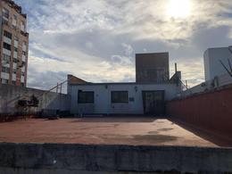 Foto Local en Venta en  La Plata,  La Plata  2 E/ 43 Y 44