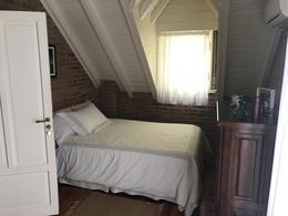 Foto Casa en Venta en  Las Praderas De Lujan,  Countries/B.Cerrado (Lujan)  Casa de 6 dorm con jacuzzi exterior y gran arboleda Cul de Sac
