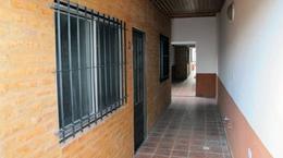 Foto Edificio Comercial en Venta en  Belen De Escobar,  Escobar  HIPOLITO YRIGOYEN 223