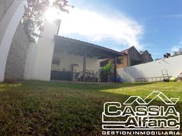 Foto Casa en Alquiler en  Lomas de Zamora Oeste,  Lomas De Zamora  ALVEAR 872