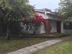 Foto Casa en Venta en  General Pacheco,  Tigre  Montevideo al 300