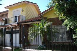 Foto Casa en Venta en  Martinez,  San Isidro  Libertad al 500