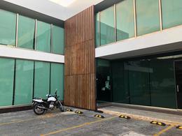 Foto Local en Renta en  San Ramon Norte,  Mérida  Local de 2 pisos  en renta sobre av. García Lavín  de 337 m², en la col San Ramón Norte, estacionamiento, salida a 2 calles.