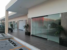 Foto Local en Renta en  Mérida ,  Yucatán  Local 9 de 42.48 m2 En Plaza Santander Av Lavin