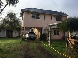 Foto Casa en Venta en  City Bell,  La Plata  467 entre 135 y 136