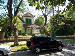 Foto Casa en Venta en  Banfield Oeste,  Banfield  Beruti 375