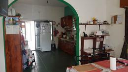 Foto Casa en Venta en  Quilmes,  Quilmes  Moreno al 1600