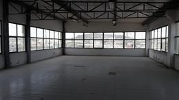 Foto Edificio Comercial en Alquiler en  Norte de Guayaquil,  Guayaquil  SE ALQUILA EDIFICIO CON AMPLIO ESPACIO PARA PARQUEO VÍA A DAULE