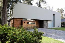 Foto Casa en Venta en  River Oaks,  Countries/B.Cerrado (Escobar)  Ruta 26
