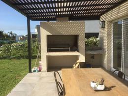 Foto Casa en Venta en  San Rafael,  Villanueva  BV. De Todos Los Santos al 10000 - San Rafael - Villanueva - Tigre