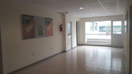 Foto Oficina en Alquiler en  Olivos-Vias/Rio,  Olivos  Av del Libertador 2400