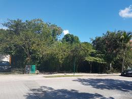 Foto Terreno en Venta en  Solidaridad ,  Quintana Roo  Playacar