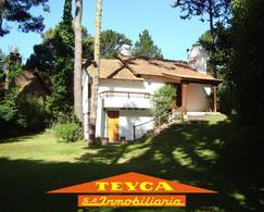 Foto Casa en Alquiler temporario en  Pinamar ,  Costa Atlantica  DEL ODISEO 1676