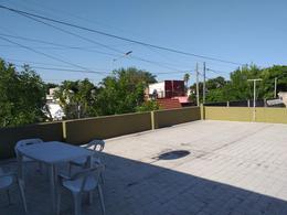 Foto Casa en Venta en  Remedios De Escalada,  Lanus  CASA EN VENTA ESCALADA MURATURE 307