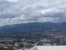 Foto Departamento en Venta en  Cumbayá,  Quito  CUMBAYA, BAJÓ DE PRECIO, LINDA SUITE SAN JUAN