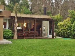 Foto thumbnail Casa en Venta en   La Asunción,  Countries/B.Cerrado  Minimalista, impecable! barrio cerrado