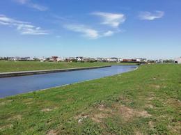 Foto Terreno en Venta en  El Yacht ,  Nordelta  B° Yacht - Nordelta - Lote al rio