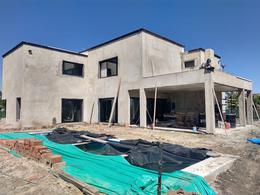 Foto Casa en Venta en  El Canton - Golf,  Countries/B.Cerrado (Escobar)  Casa El Cantón barrio Golf lote al 200