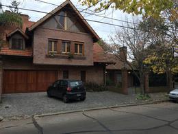 Foto Casa en Venta en  Martinez,  San Isidro  Lavalle al 2500