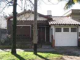 Foto Casa en Venta en  Jose Marmol,  Almirante Brown  SAENZ PEÑA nº 437, entre Sánchez y Canale