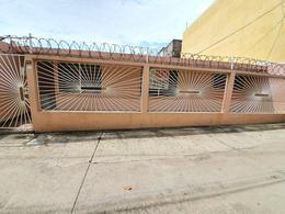 Foto Departamento en Renta en  Coatzacoalcos Centro,  Coatzacoalcos  Callejón Cruz Roja No. 104, Depto. 2-Interior, Zona Centro, Coatzacoalcos, Ver.