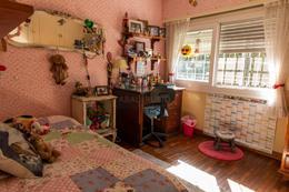 Foto Casa en Venta en  Carrasco ,  Montevideo  Importante residencia. CON RENTA