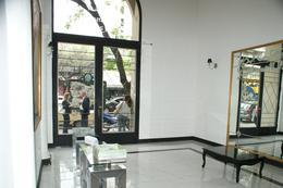 Foto Departamento en Venta en  Monserrat,  Centro  Belgrano al 1300