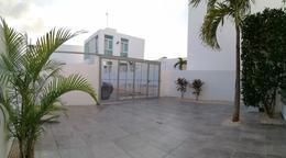 Foto Casa en Venta en  Playa del Carmen,  Solidaridad  CASA EN MARSELLA CON TERRENO EXCEDENTE