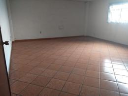 Foto Oficina en Renta en  Santa Ana TlapaltitlAn,  Toluca  TOLUCA