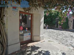 Foto Local en Alquiler en  Colonia del Sacramento ,  Colonia  Local Comecial en el corazón del Barrio Histórico