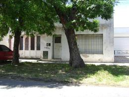 Foto thumbnail Casa en Venta en  La Plata,  La Plata  Calle 75 entre 30 y 31