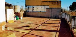 Foto Local en Venta en  Ituzaingó ,  G.B.A. Zona Oeste  Pacheco Esquina Villegas