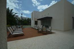 Foto Casa en condominio en Venta en  Benito Juárez ,  Quintana Roo  PUERTO CANCUN CASA FRENTE AL MAR EN VENTA