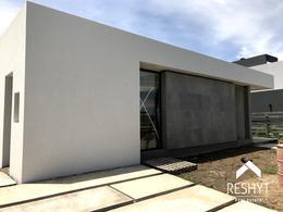 Foto Casa en Venta en  Vistas,  Puertos del Lago  VISTAS - PUERTOS DEL LAGO